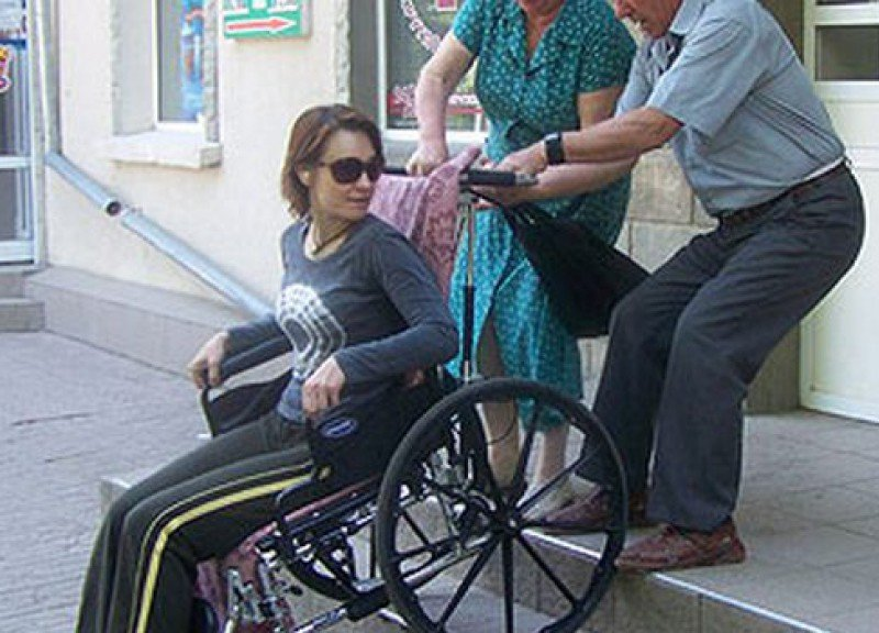 В курганской области на все значимые социальные объекты доступ инвалидам будет обеспечен до 2018 году.