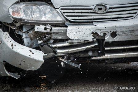 На перекрестке, в городе  Кургане, столкнулось сразу 5 автомобилей