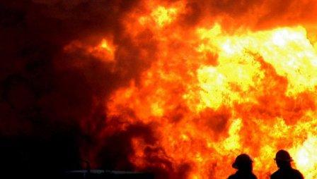 В Кургане, в мороз, при пожаре эвакуировано 55 человек