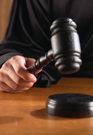 За нарушение прав работников в Курганской области наказан директора фирмы