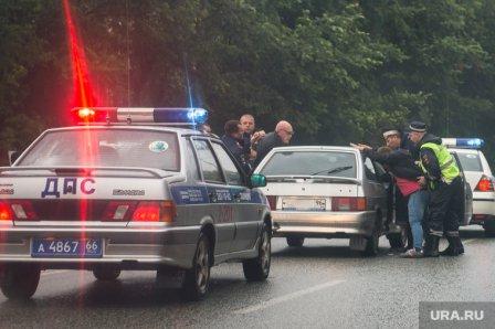 В Кургане угонщика полицейского автомобиля удалось задержать