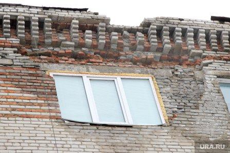 Дом на улице Станционной в Кургане требует ремонта