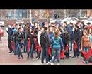Накануне в Кургане на Троицкой площади волонтёры организовали молодёжную акцию.