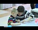 В одном из торговых центров прошла ярмарка в поддержку детей с синдромом аутизма.