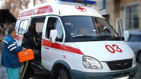 Мужчина с окровавленными руками бегал по крыше дома в Кургане