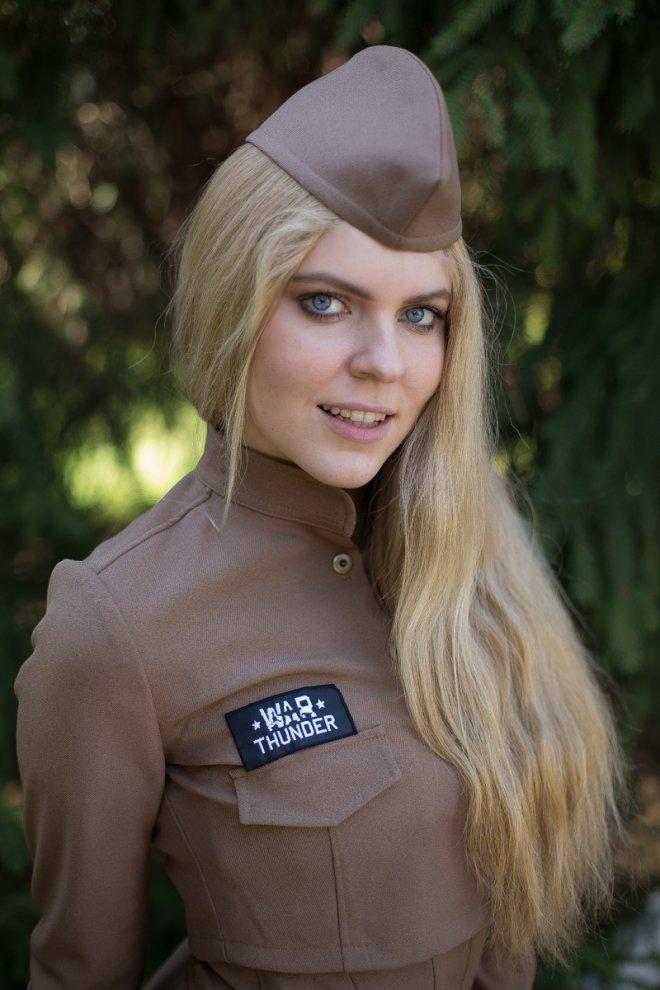 Скоро в России появятся в военные летчицы