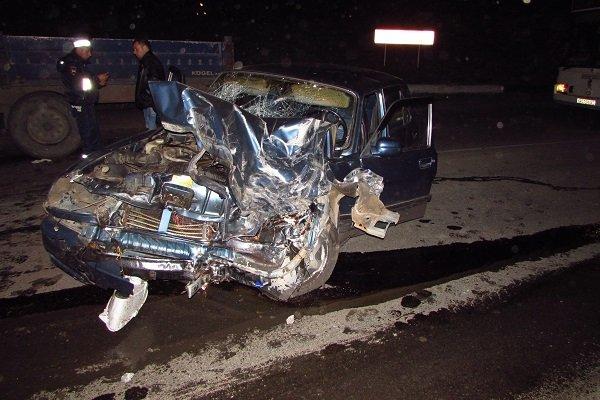 Трагедия в Кургане: автомобиль влетел в бетонную стену на высокой скорости