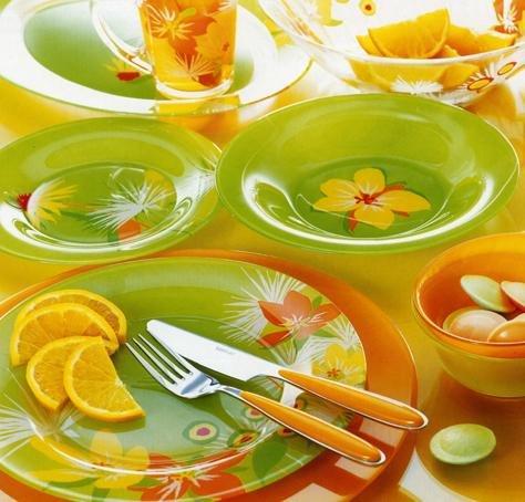 Ученые рассказали, из какой посуды нельзя есть и пить
