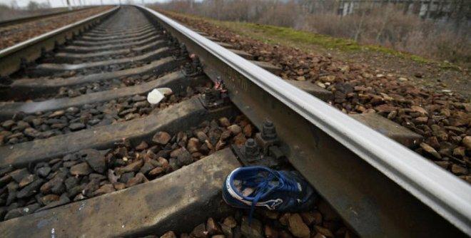 В Кургане на железной дороге под колесами поезда погиб мужчина