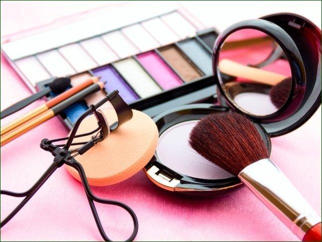 Курганцы были удивлены токсичностью дорогостоящих косметических средств
